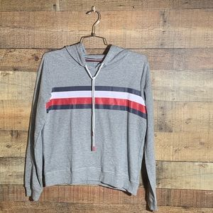 NWT Tommy Hilfiger cropped sweater